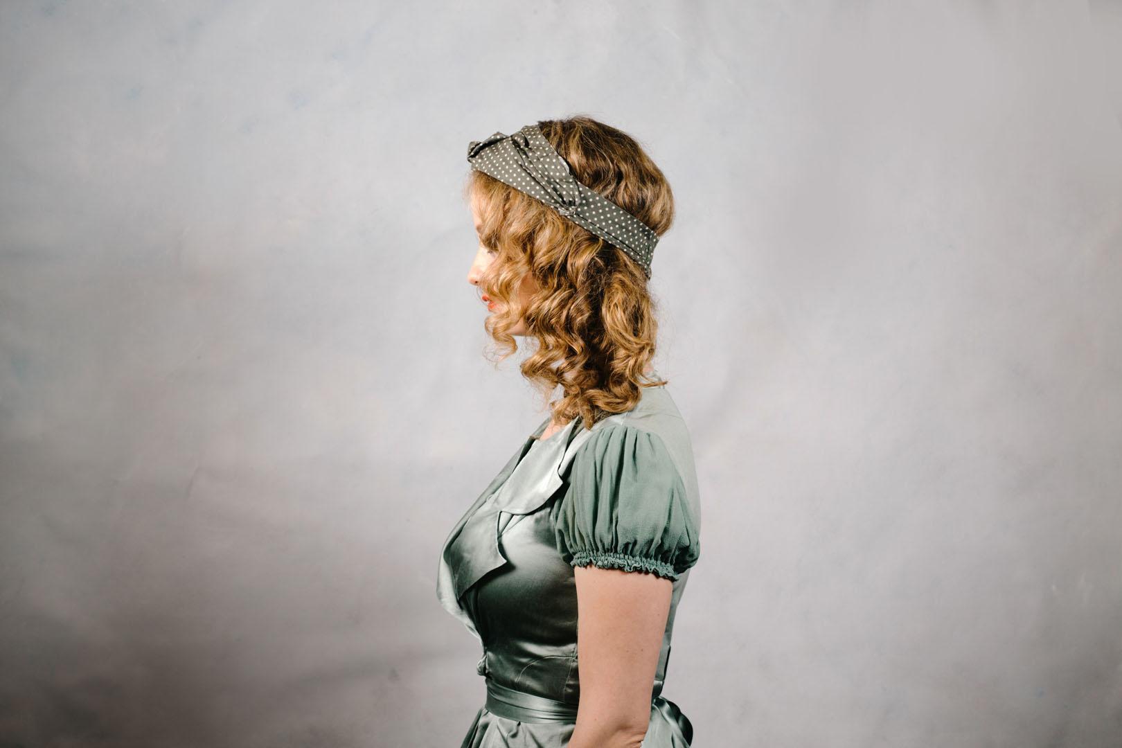 vintage_style_turban_olive_green_polkadot